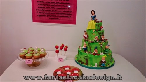 Cake Design Vicenza E Provincia : Sweet table Biancaneve Fantasia Cake design a Vicenza