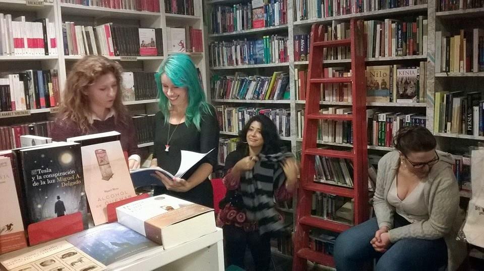 Librería La Extra-vagante, XV Encuentro del comic y la Ilustración de Sevilla, ilustración, comic, Sarah con Hache, Sandra María y ªRU-MOR