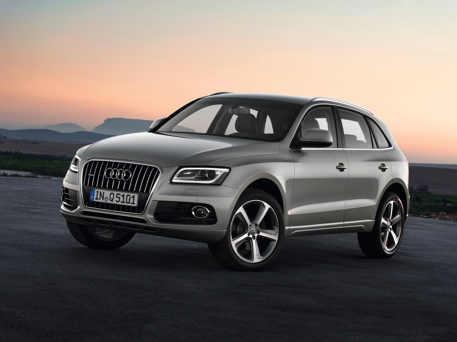 Automotive Database Audi Q5