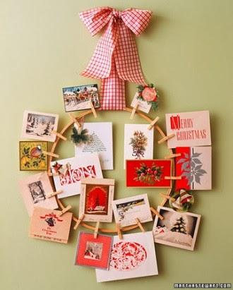 10 pomysłów i inspiracji na świateczne wianki wianek DIY z kartek świątecznych