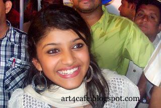 Malayalam TeleVision Anchor Naznin Abdulla Cute Stills