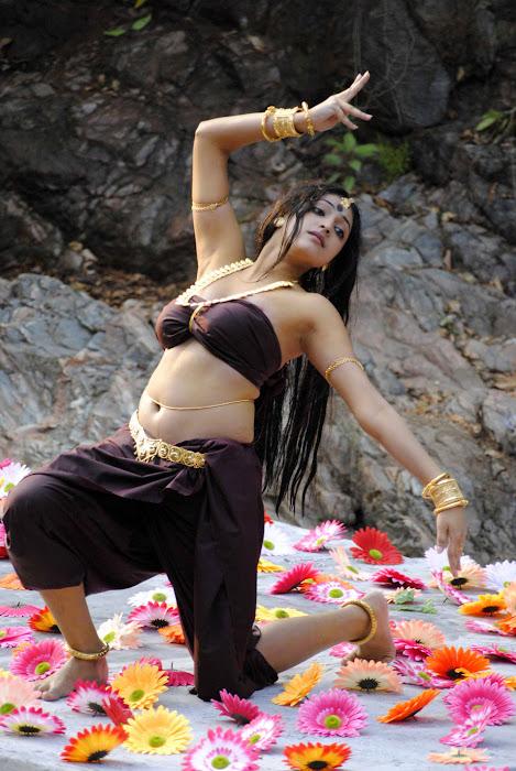 hari priya spicy new , hari priya glamour  images