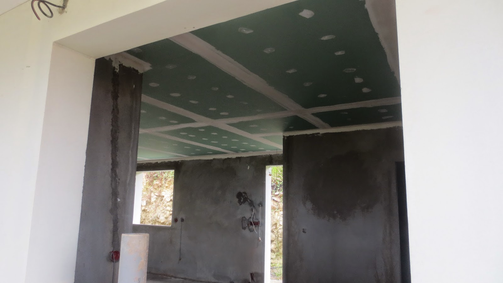 le faux plafond la construction de notre maison en martinique. Black Bedroom Furniture Sets. Home Design Ideas