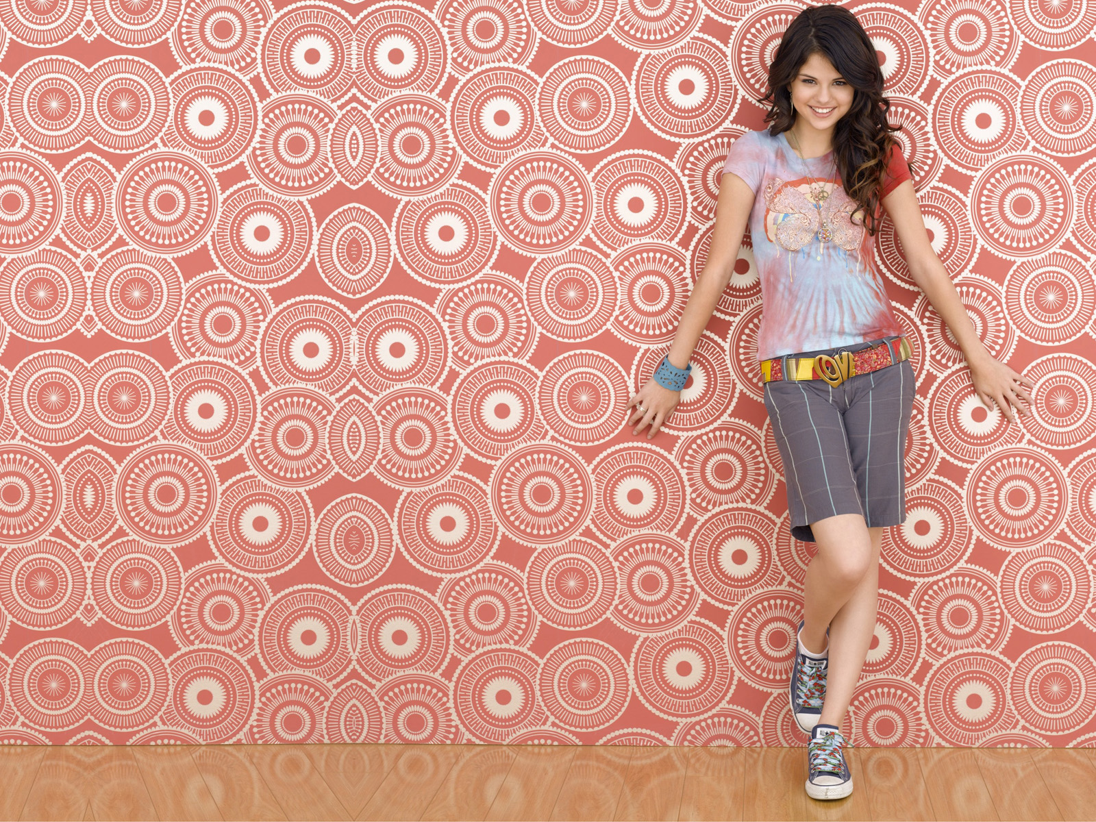 http://3.bp.blogspot.com/-SR1R4pjQD30/Tfs9R1_kBEI/AAAAAAAACi0/RevsUv1AUwQ/s1600/The-best-top-desktop-selena-gomez-wallpapers-selena-gomez-wallpaper-hd-1.jpg