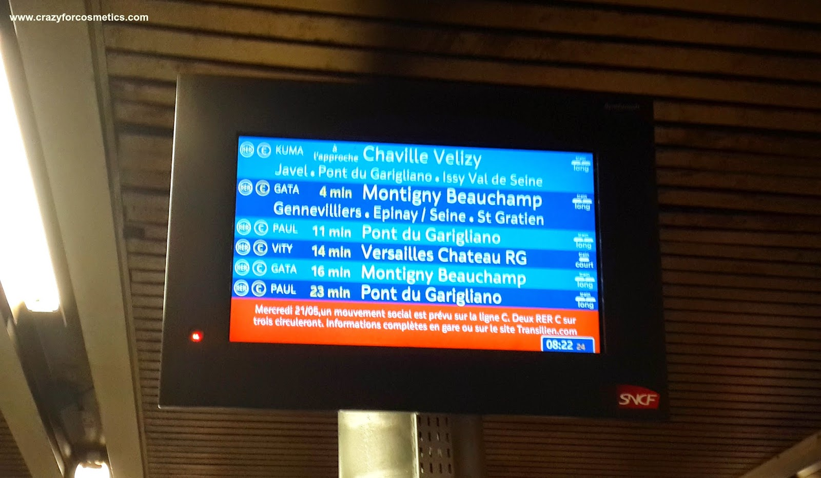 how to go to palace of versailles by metro