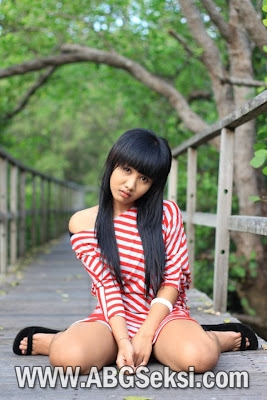 gambar model indonesia cantik hot
