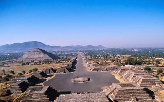 teotihuacan just a small thing Experience teotihuacan if you're in mexico city or somewhere just north of it a small fee is made for the use of hand-held video equipment.