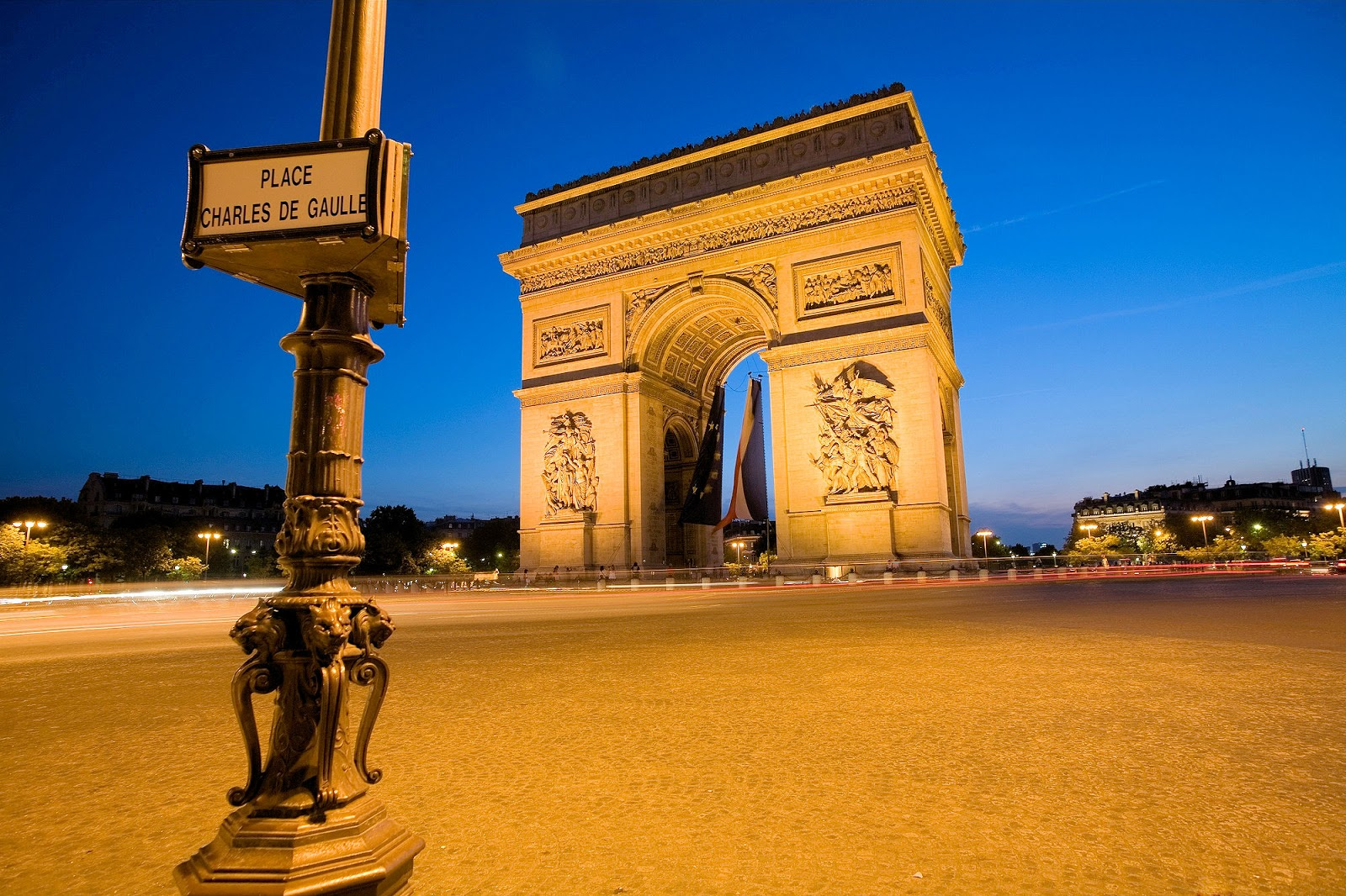 how to buy property in paris france