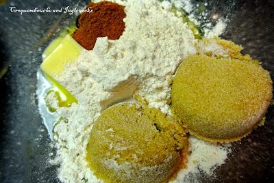 Sugar And Spice Banana Crumb Cake Croquembouche And