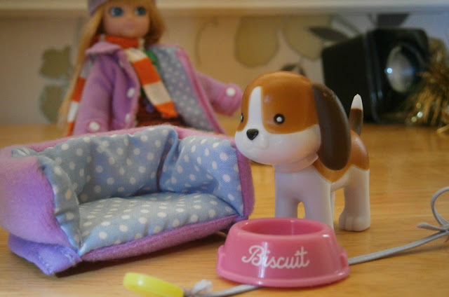 Lottie doll girl accesory pack barbie alternative dog