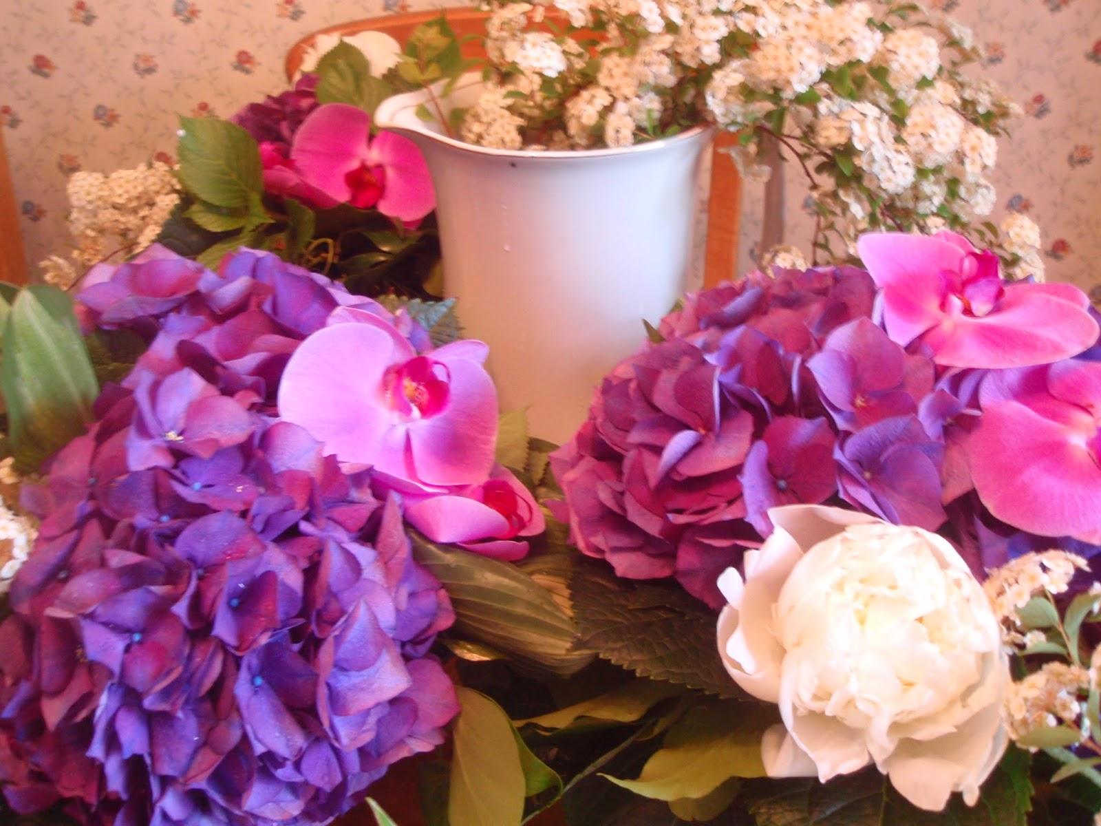 rosas no jardim poema : rosas no jardim poema:ROSAS EM POESIAS: Leilão de Jardim