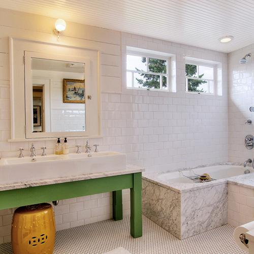 The Granite Gurus: Whiteout Wednesday: 5 White Baths with Carrara Marble