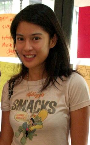 Meet the Beautiful Dian Sastrowardoyo of Indonesia