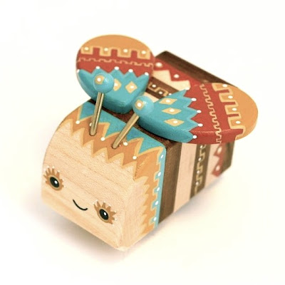 Lunabee x Pepe Hiller Woodbee Worker Bee