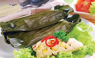 Redsep an Cara Membuat Pepes Tahu Sunda adalah pepes tahu yang merupakan makanan berbahan dasar tahu, Resep dan Cara Membuat Pepes Tahu Sunda merupakan ciri khas masakan daerah Jawa Barat