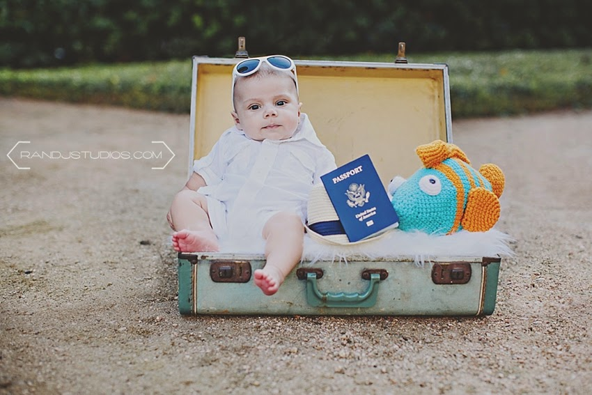 Baby with a Passport, Discovery Green Houston Texas Photography