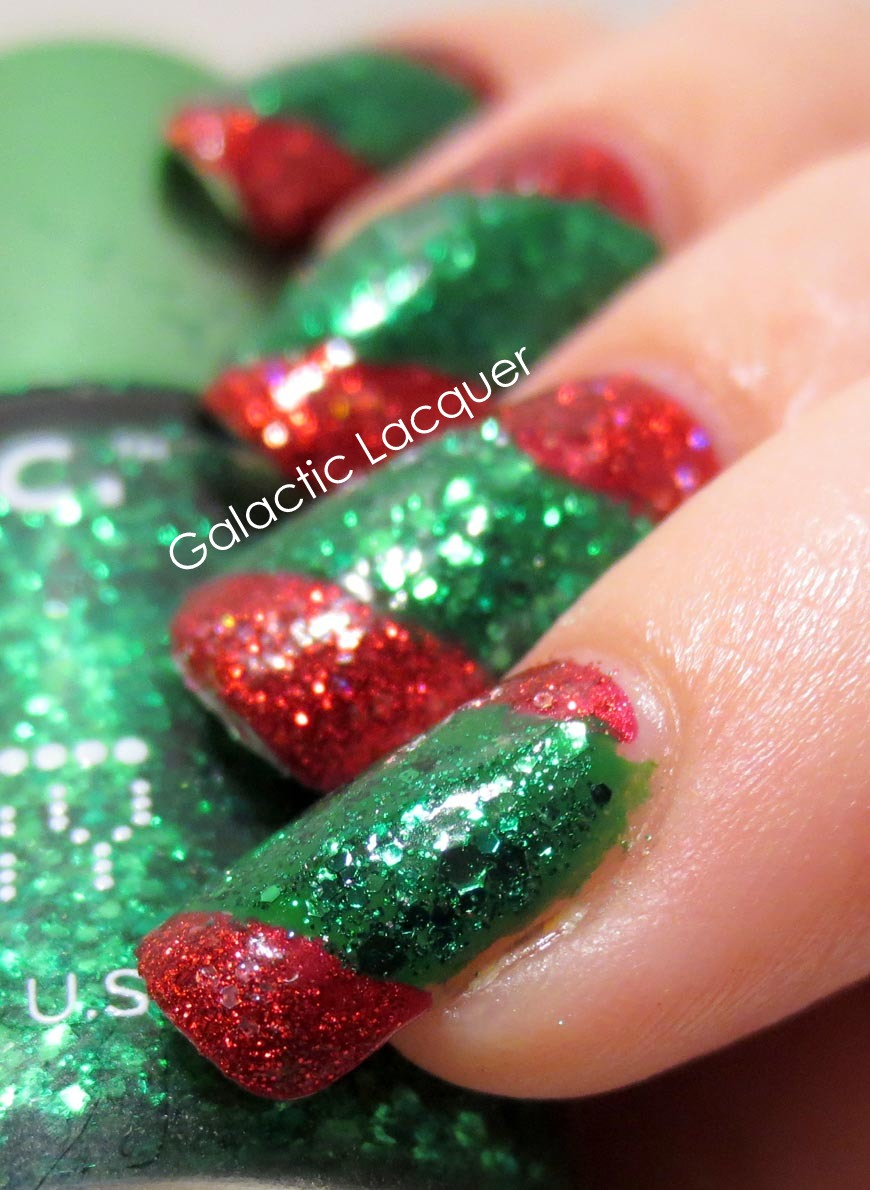 todays theme is only red green i was thinking of cheating and also using white but i decided to just try and use only red and green - Red And Green Christmas Nails