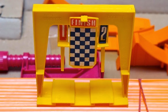 hot wheels racing league the ultimate guide to building a hot wheels race track. Black Bedroom Furniture Sets. Home Design Ideas