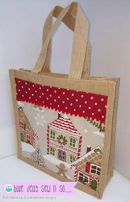Jute_Hessian_Bags_Christmas