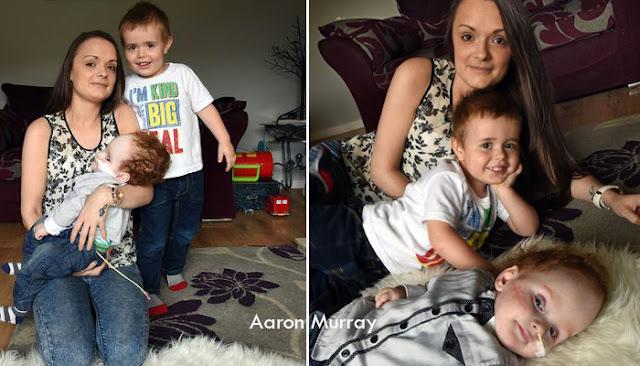 Aaron bersama Kakaknya Jack dan Ibunya Emma