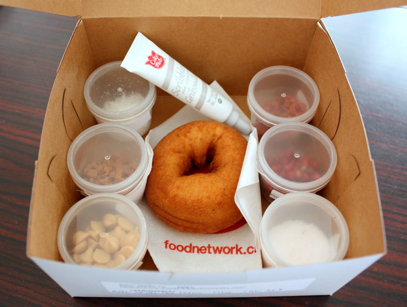 Food network canadas donut showdown food junkie chronicles im glad the folks at the food network know that i have no clue when it comes to making donuts forumfinder Choice Image