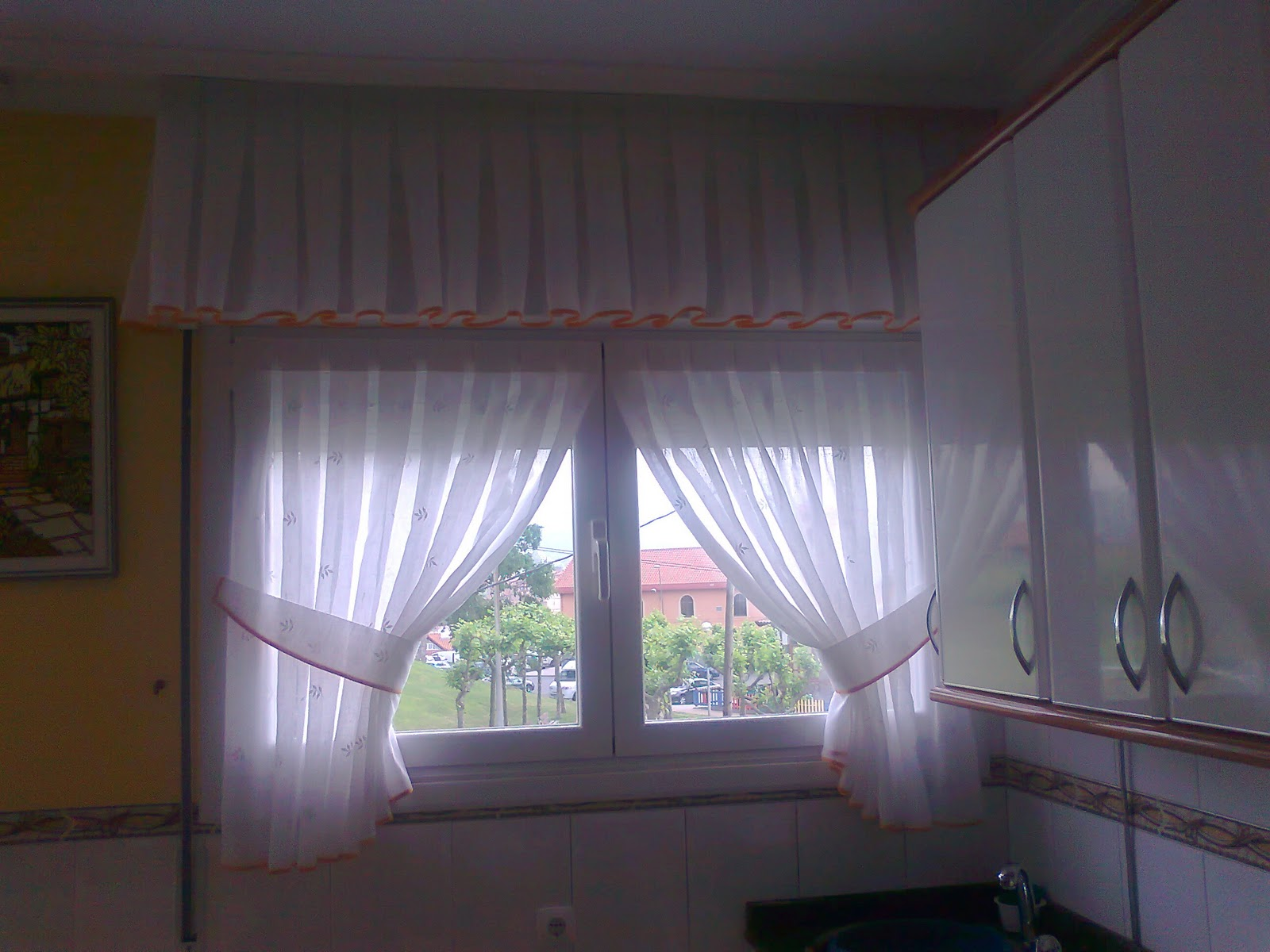 Cortinas c y d visillos cocina con abrazaderas y velcro y - Formas de cortinas ...