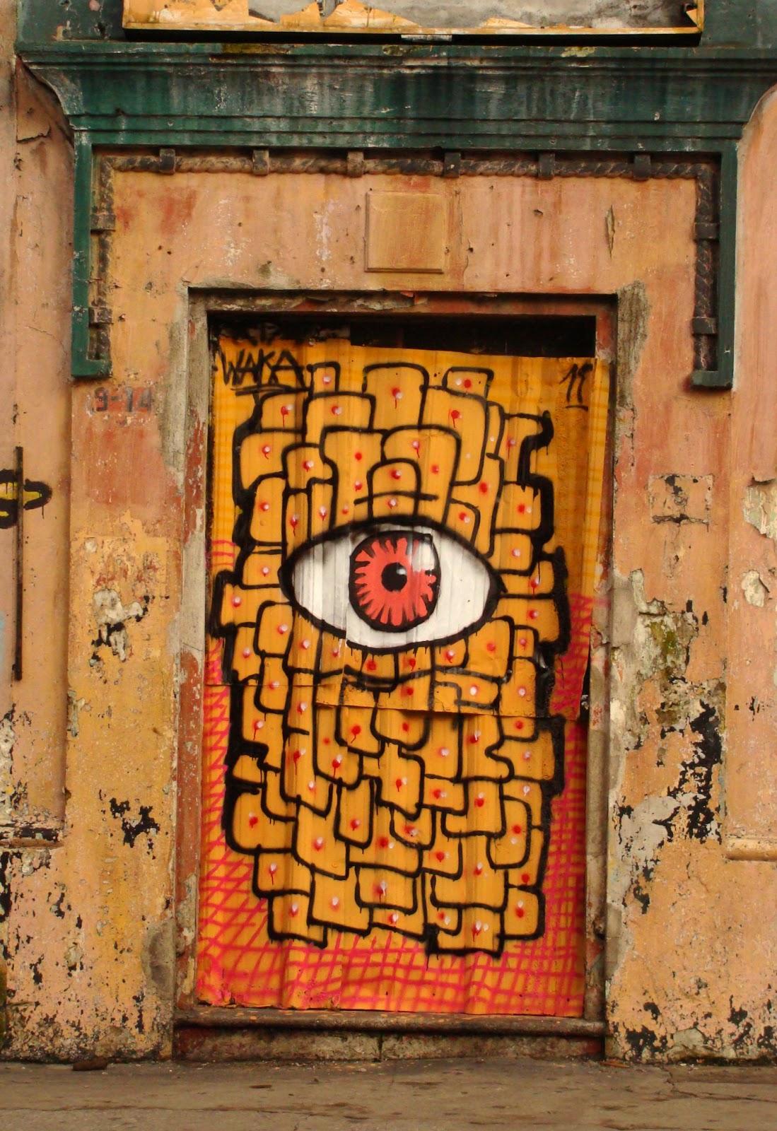 Comunidades de poblaci n en resistencia c p r urbana for Puertas coloniales antiguas