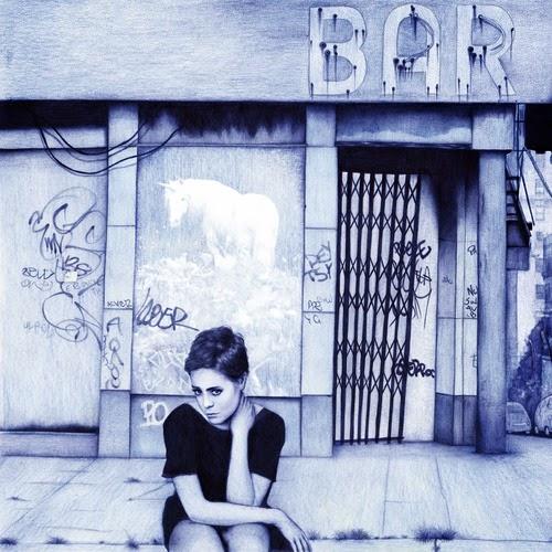22-Romance-Sarah-Esteje-ABADIDABOU-Hyper-realistic-Ballpoint-Pen-Animals-www-designstack-co