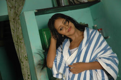 Archana Sharma Sexy in Towel PIctures