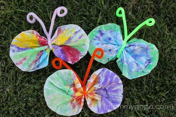 http://www.mommygaga.com/2012/03/spring-crafts-for-kids-coffee-filter-butterfly-craft.html