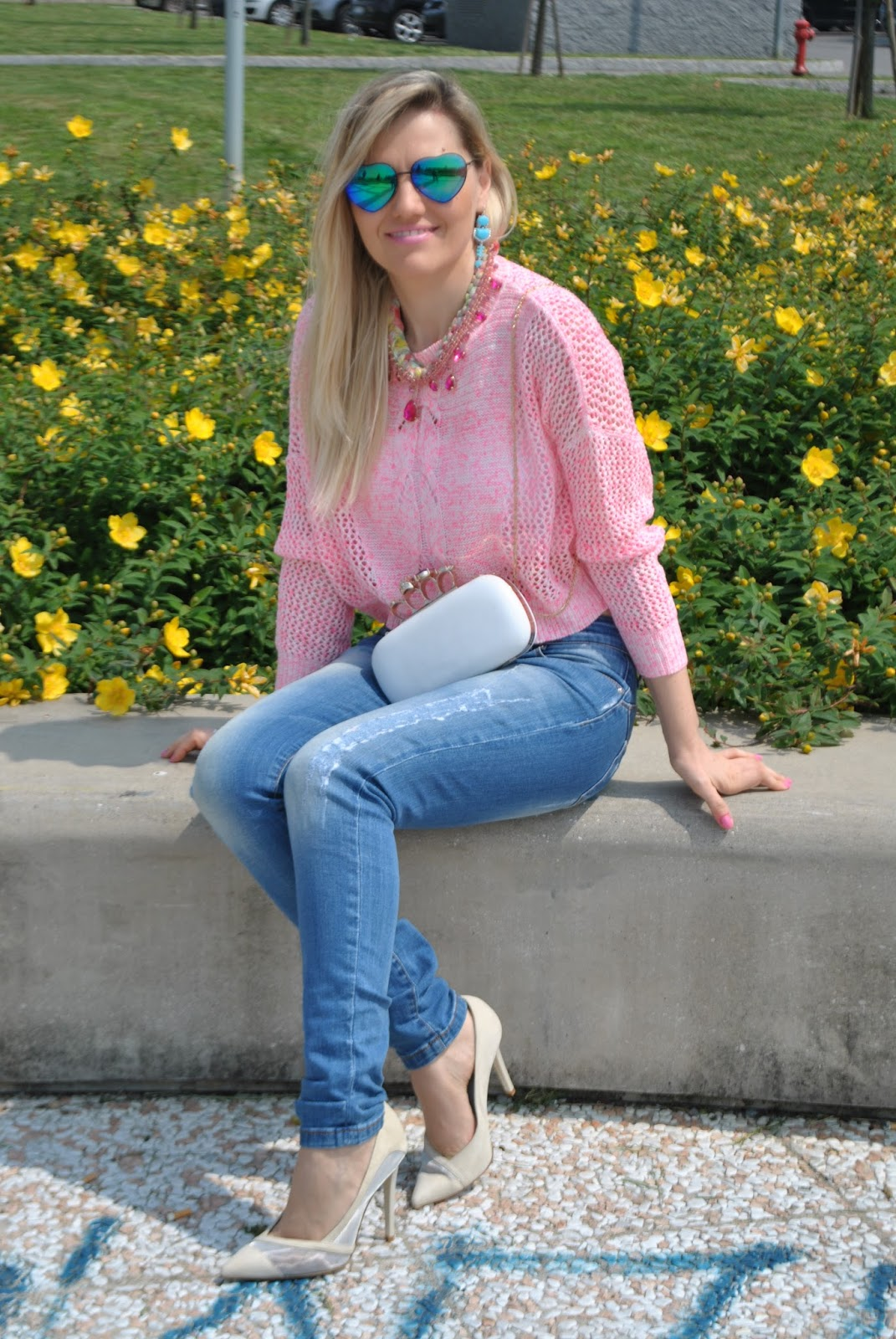 Favoloso Color-Block By FelyM.: OUTFIT: PINK CROP TOP, SKINNY JEANS AND  WA34