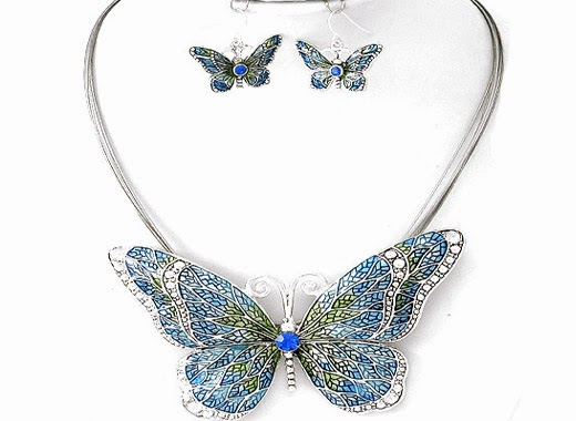 Butterfly Pendant Necklace Set