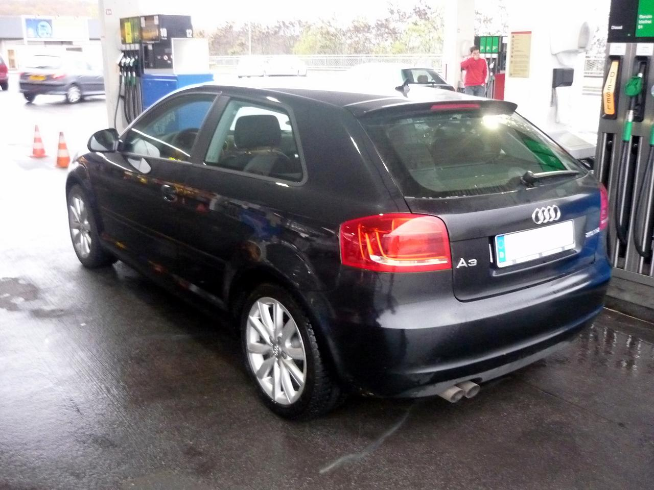 guitigefilmpjes video pictures audi a3 ambition a3 sportback s line. Black Bedroom Furniture Sets. Home Design Ideas