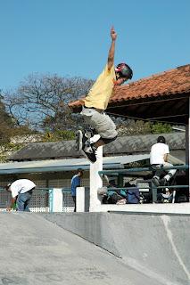 Rolé na Roça reúne cerca de 100 patinadores em Teresópolis