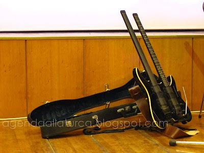 Perdesiz gitar