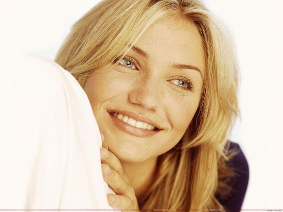 Cameron Diaz sweet smile