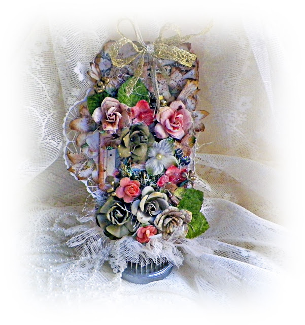 Shabby Chic floral tag by Lisa Novogrodski