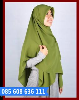 Hijab segi empat yang praktis