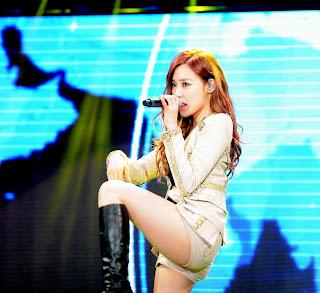 SNSD Tiffany (티파니; ティファニー) photos / pics