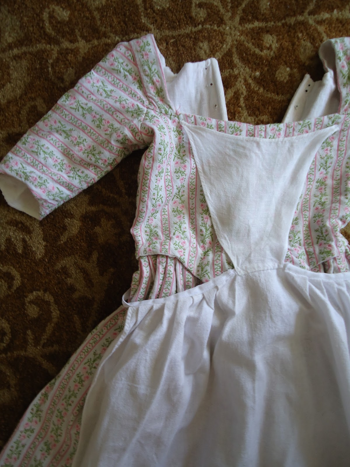 Sew 18th Century Kids Clothes