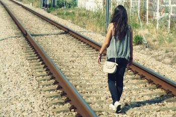 Quédate conmigo y me orientas.