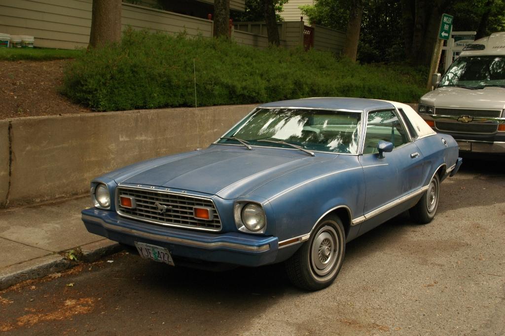 1977 Ford mustang ii hatchback