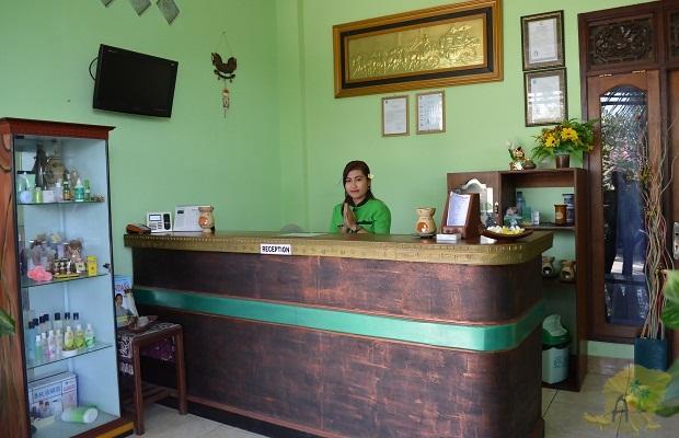 Resepsionis di ayodya lombok