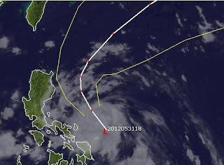 Potentieller Taifun MAWAR / AMBO zieht wahrscheinlich an Philippinen vorbei, Mawar, Ambo, Philippinen, aktuell, Satellitenbild Satellitenbilder, Taifunsaison, Taifunsaison 2012, Mai, Juni, 2012, Vorhersage Forecast Prognose, Verlauf, Zugbahn,