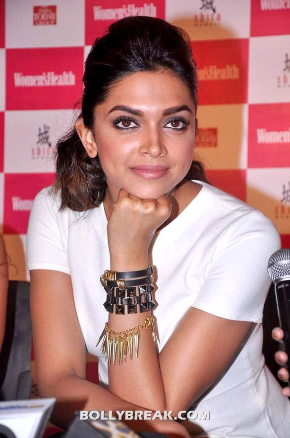 Deepika Padukone - (4) - Deepika launches double issue of Women's Health