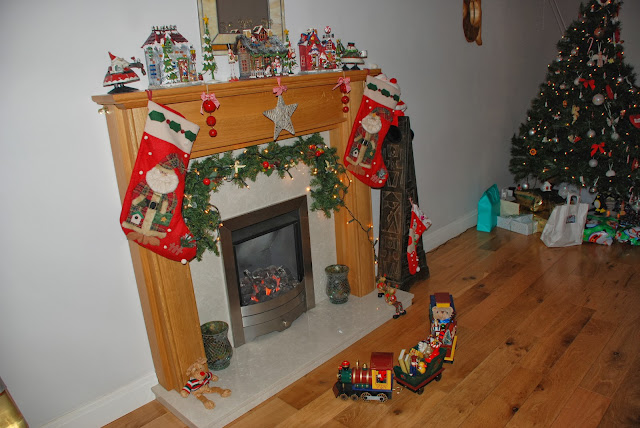 image of fireplace Christmas decorations