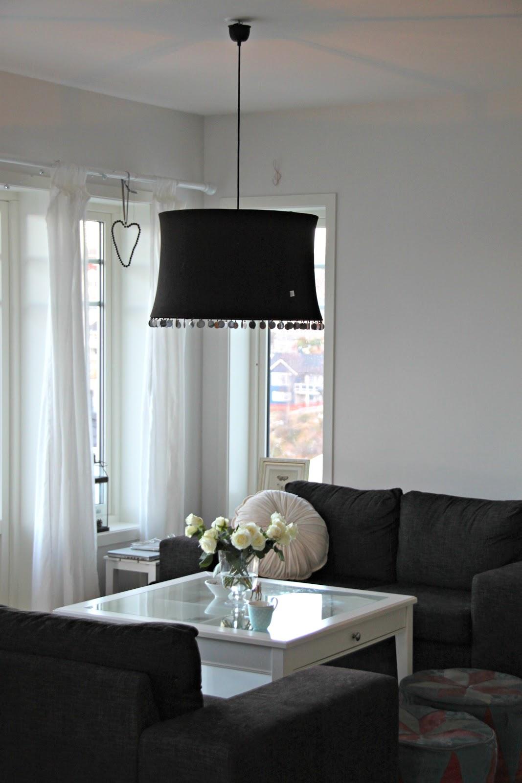 perler p en snor tine k home pendel lampe sort. Black Bedroom Furniture Sets. Home Design Ideas