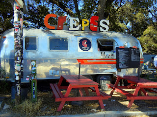 A crepes food truck on 1st Avenue in Austin, TX