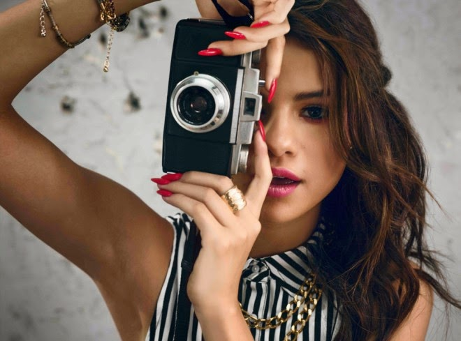 Selena Gomez HD Wallpapers Free Download