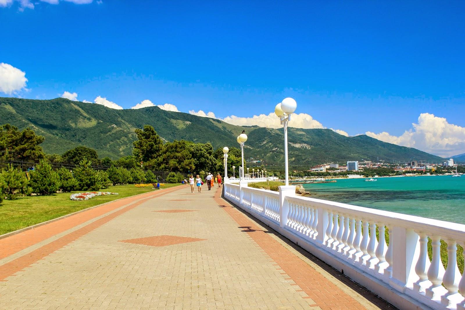 геленджик достопримечательности пляжи фото
